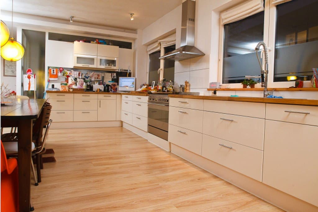 Very well equiped kitchen (we love to cook)