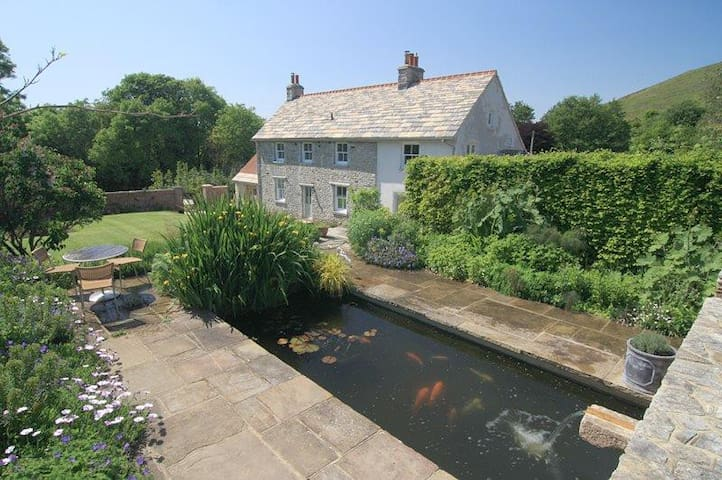 Challow Farm House Luxury Bed and Breakfast.