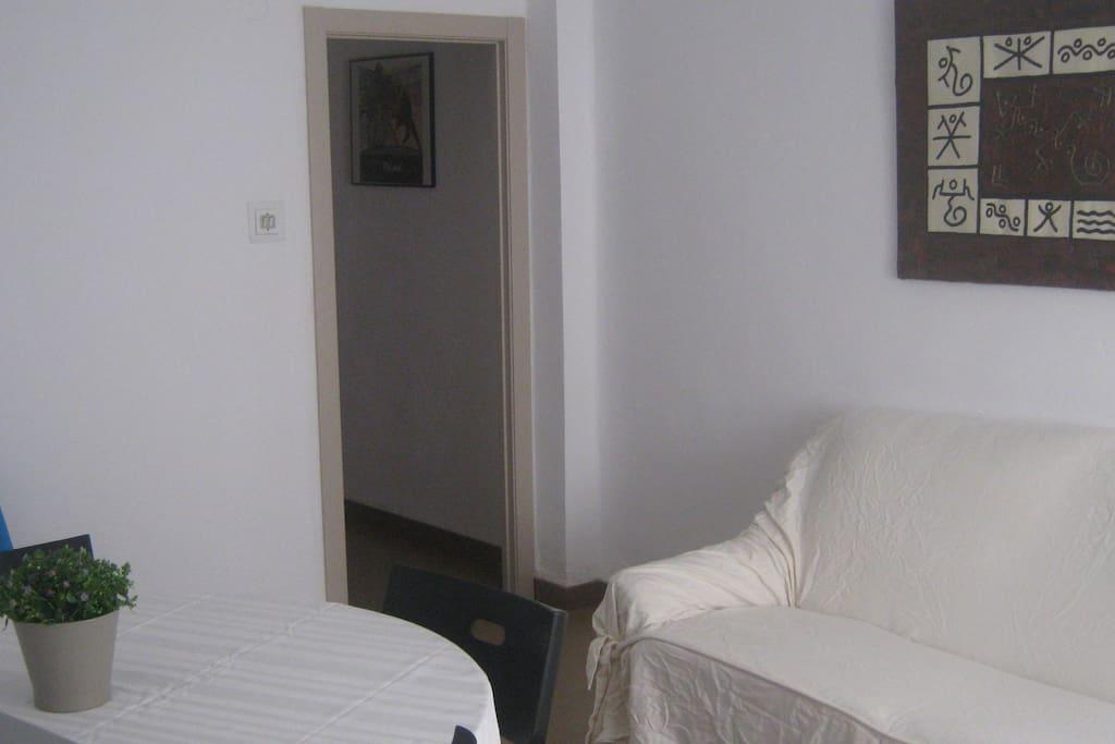 Piso en valencia playa wi fi apartamentos en alquiler for Pisos alquiler malvarrosa