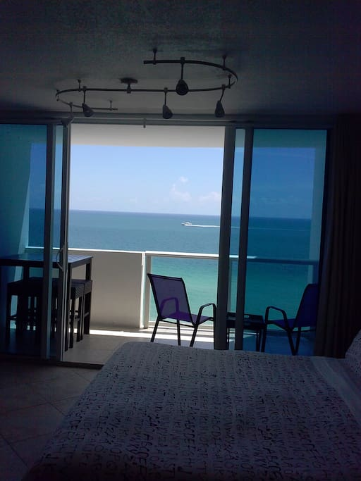 Oceanfront Studio With A Private Balcony Condominiums