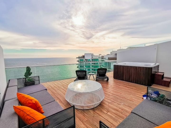 Icon Vallarta Pent House con Roof y Jacuzzi...