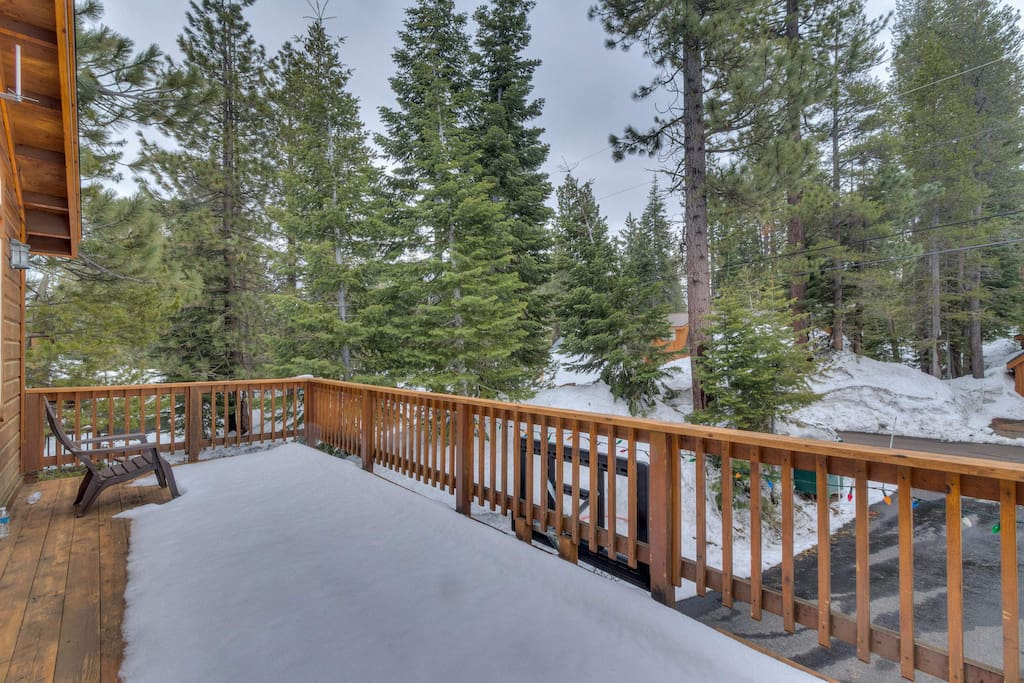 With nature as your neighbor, the upper level deck is sure to soothe the soul.