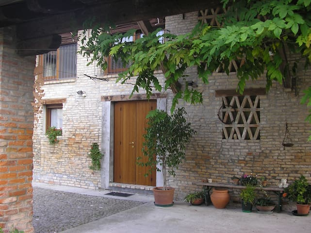 Accogliente rustico in campagna - Teglio Veneto - Rumah