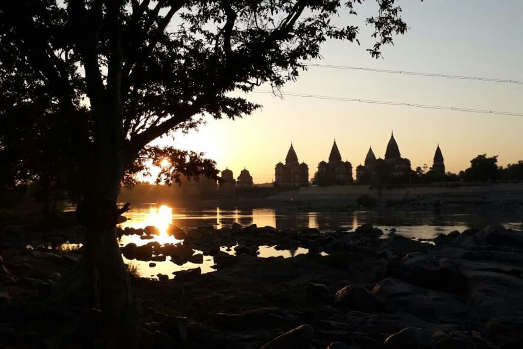 The cenotaphs of Orchha and the stories it has to tell, ranging from Bundelas to Bollywood