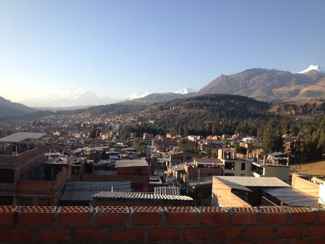 Quiet single room no. 5 in Huaraz
