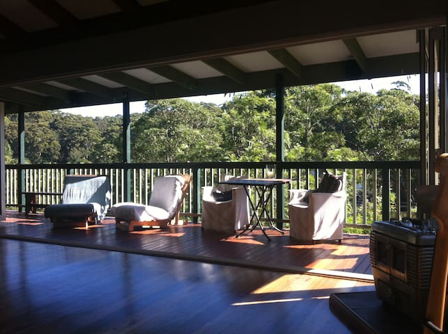 Treehouse near the Beach - Avoca Beach - Casa