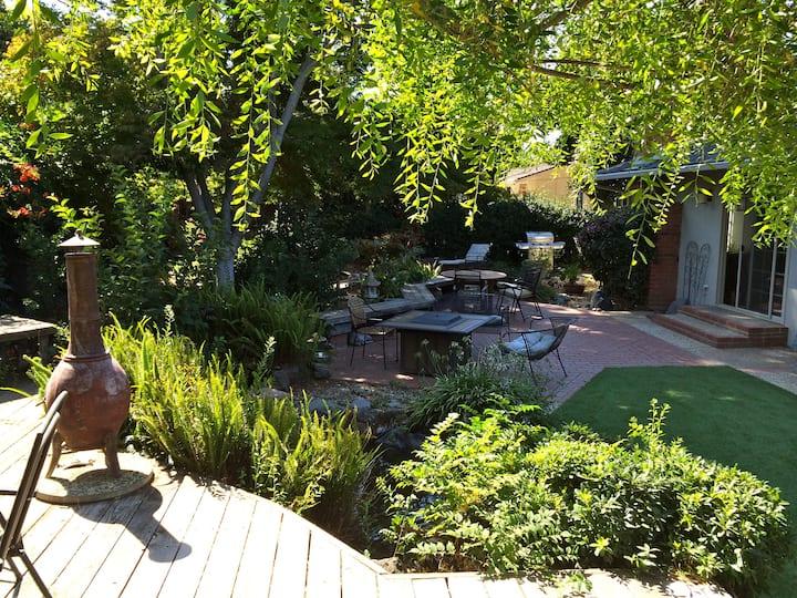 Peaceful Garden House 3bdrm/2bath