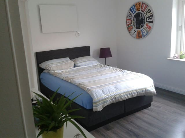 Gemütliche 20 m2 im Haus - Ober-Ramstadt - Hus
