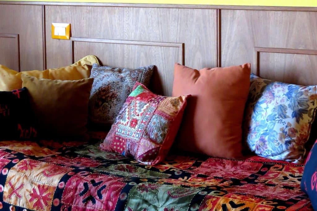 Cama sofá. Por mantenimiento, cambiamos despúes de cada visita el cobertor.
