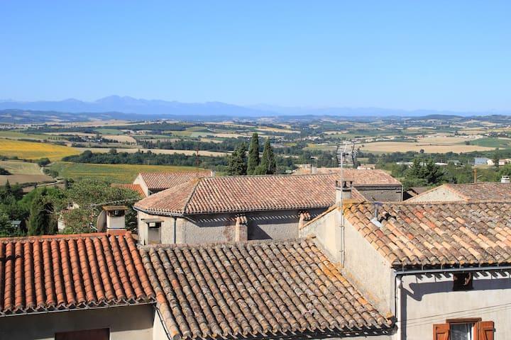 """Meublé de tourisme """"l'Ametlièr"""""""