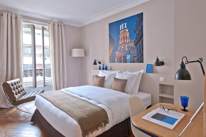 My Home For You LUXURY BnB,  Grands Boulevards