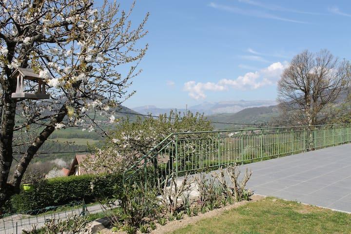 2 Chambres avec vue sur le Vercors  - Saint-Martin-d'Uriage - House