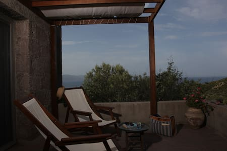 Your own Sanctuary at Terra Zoe  - Assos - Bed & Breakfast