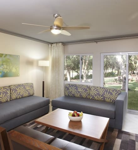 Sun City Vacation Club - 8-Sleeper Luxury Unit