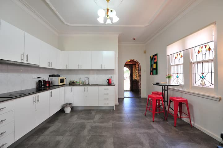 Newly Renovated Private Room Close to UNSW