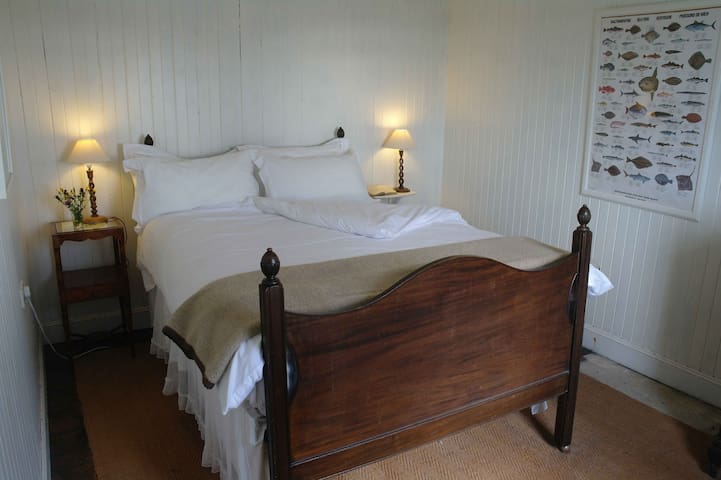 Raised double bed with excellent views