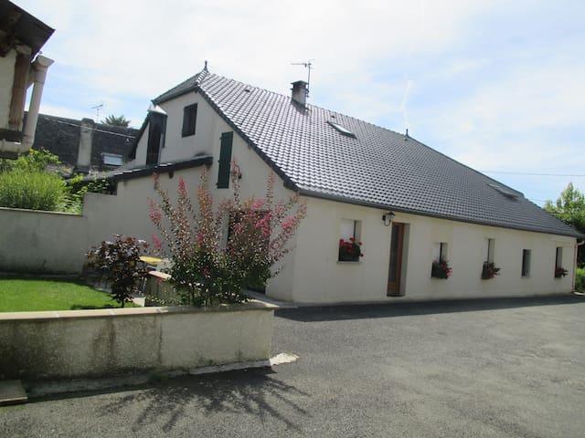 Gîte rural I, St Martin(65) 4 pers - Saint-Martin, Hautes-Pyrénées - Hus