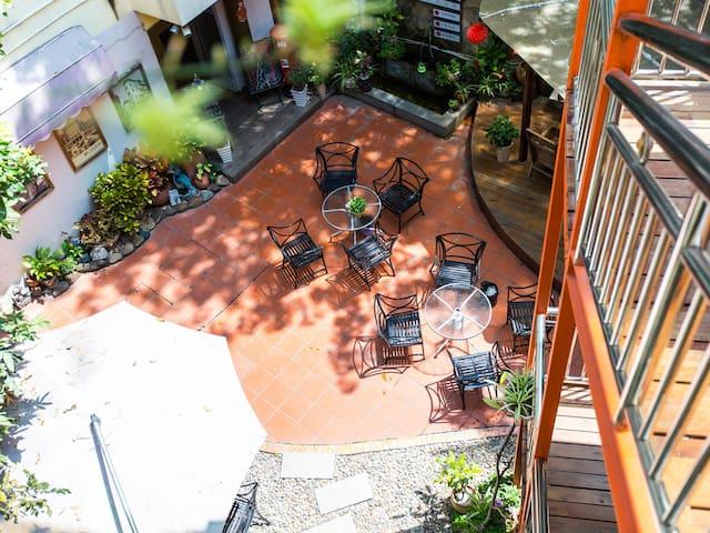 【花园式庭院】半坡上离海很近的豪华双床房 - Xiamen - Villa