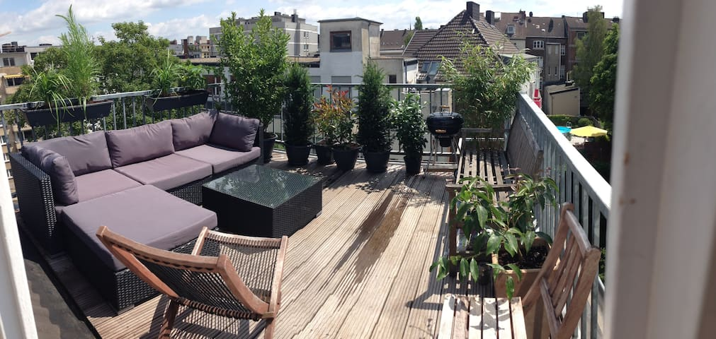Maisonette with rooftop terrace - Aachen - Byt