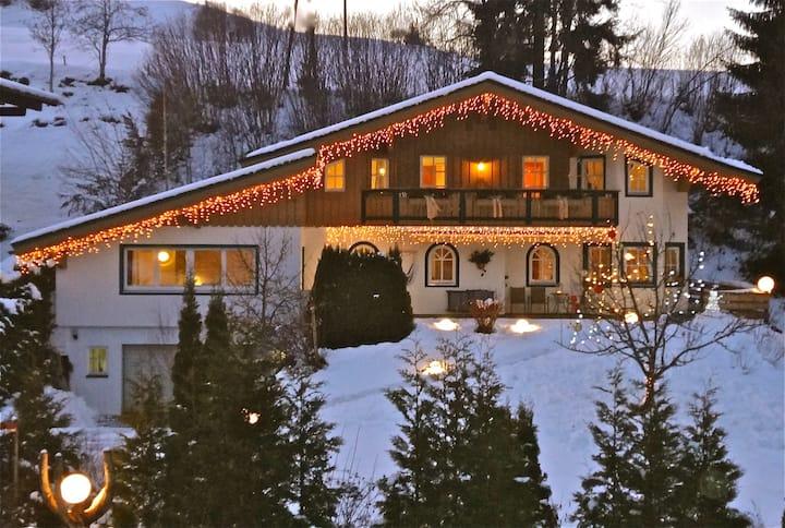 Edles Landhaus für bis zu 18 Gäste!