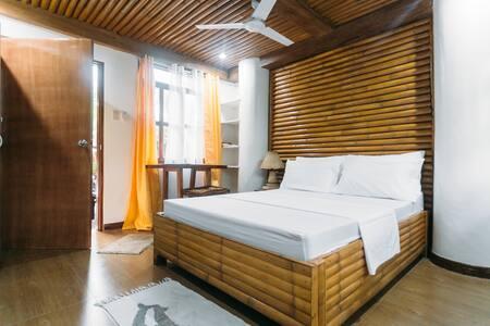 Beachfront  private studio room - boracay malay