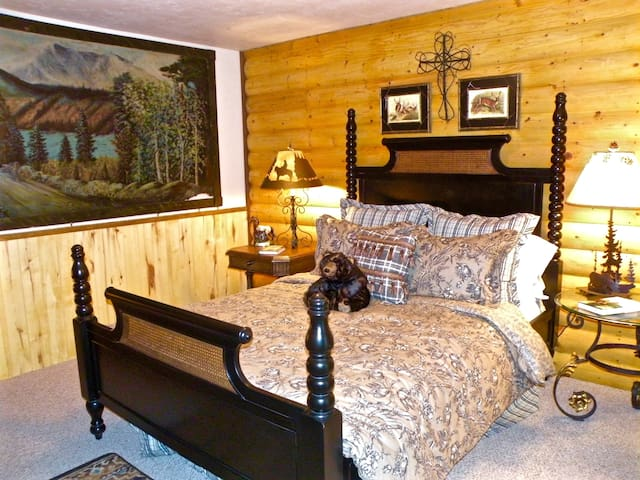 "Cozy ""Bearly Heaven"" Lodge. Be Pampered in Style! - Bayfield - 기타"
