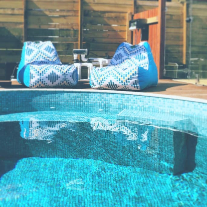 Private plunge pool- can be heated in winter