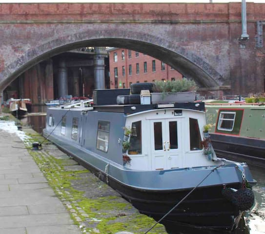 City Centre Narrowboat / floating home
