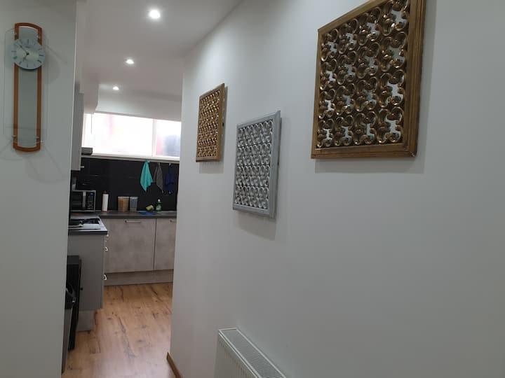 Beautiful room in a shared flat near Hague Center
