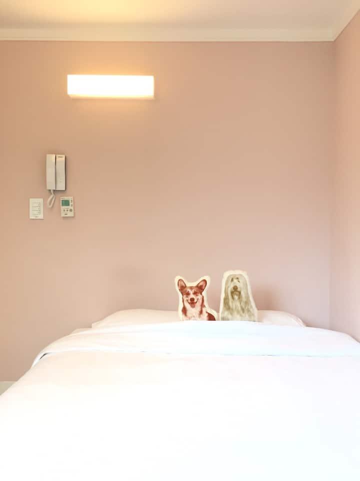 Private Comfy Studio - 1 Q Bed (P)
