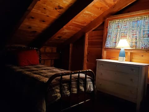 Wallis Cove Cabins