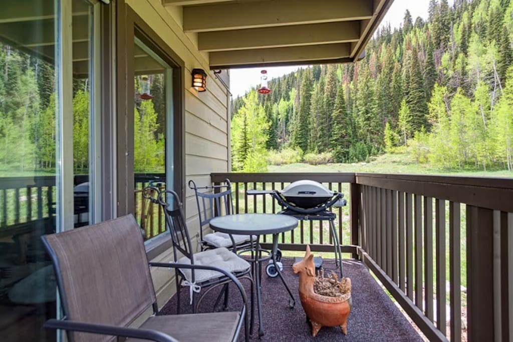 Grill, dine, and unwind on 1 of 2 balconies.
