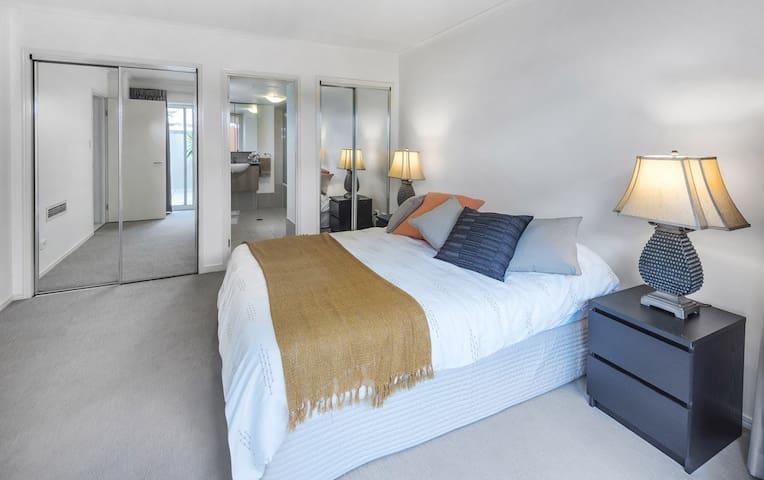 2 Bedroom 2 Bathroom Apartment in Fortitude Valley