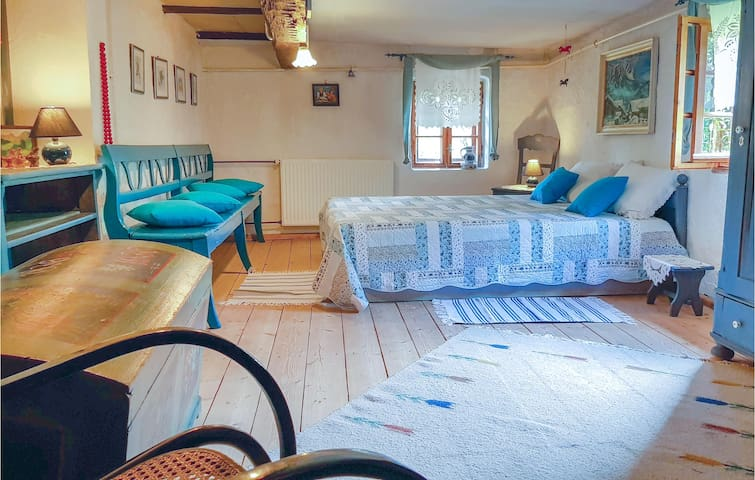 Holiday cottage with 2 bedrooms on 120m² in Lubomierz