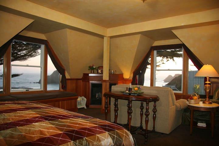 Seascape - Elk Cove Inn & Spa,  Mendocino Coast
