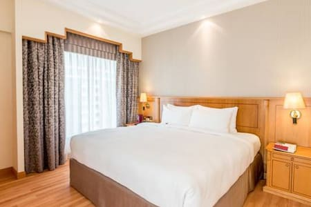One bed room suite Full furnished apartment 5 star
