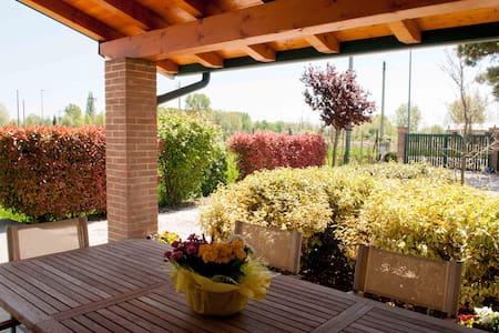 Villa Pinella Rosa Rossa - Precenicco - Bed & Breakfast