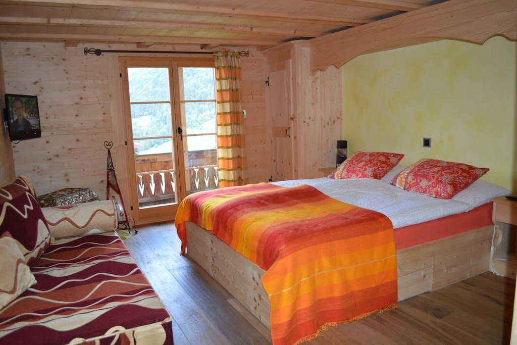Chalet riad des neiges b b bio chambres d 39 h tes for Chambre d hote suisse