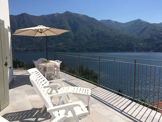 Lake Como, Nice house, amazing view - Carate Urio - House