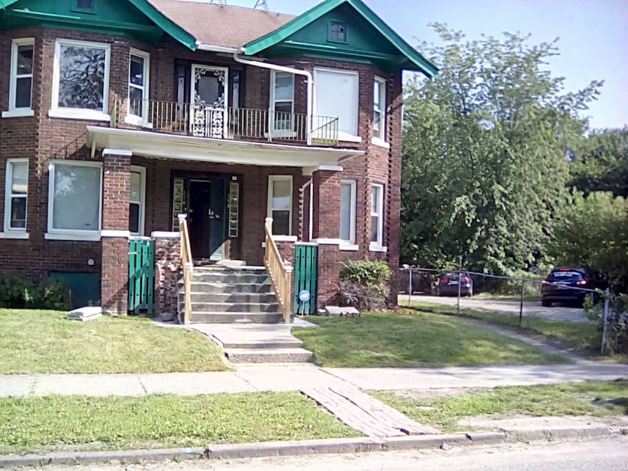 Hotpad Midtown 2 Bedroom Unit Apartments For Rent In Detroit Michigan United States