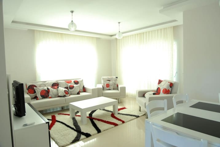 Torba Sea Side Residence With Pool # 79 - Bodrum - Apartmen