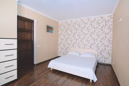 Квартира в Центре Люкс Ильинская - スームィ (Sumy) - アパート