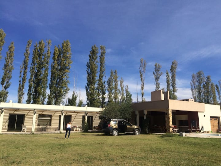 Casa en Zonda en barrio cerrado