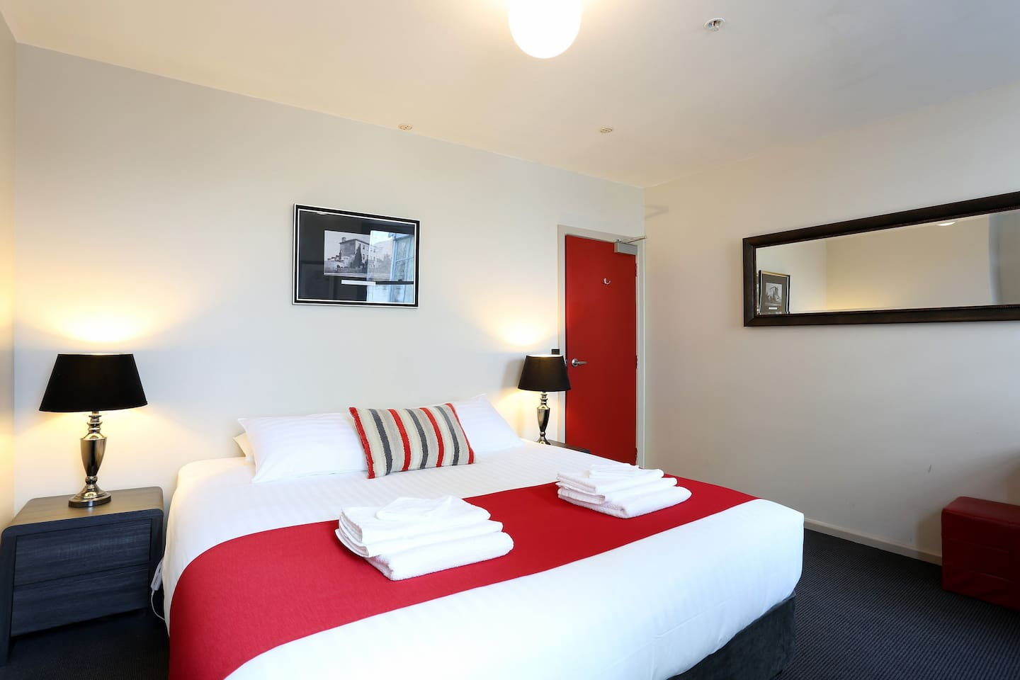 King Room (also available as twin single beds).