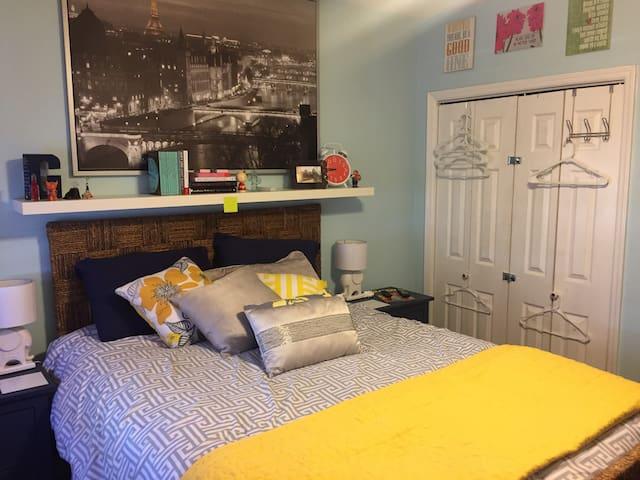 Cozy 1 Bedroom in Downtown Hoboken - Hoboken - Departamento