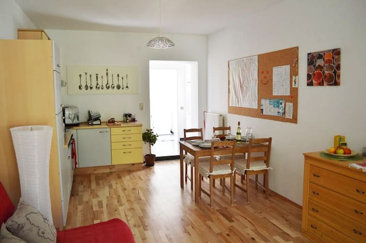 Lovely Vienna Apartment with garden - Bécs - Lakás