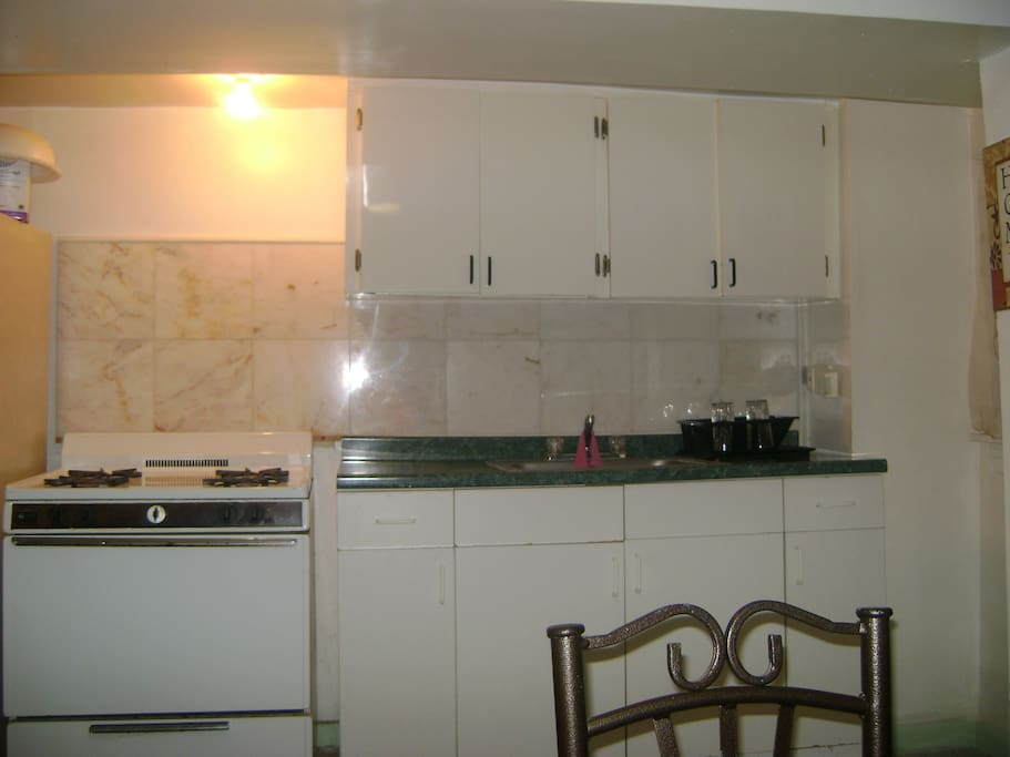 1 Bedroom Apt Close To JFK City Apartments For Rent