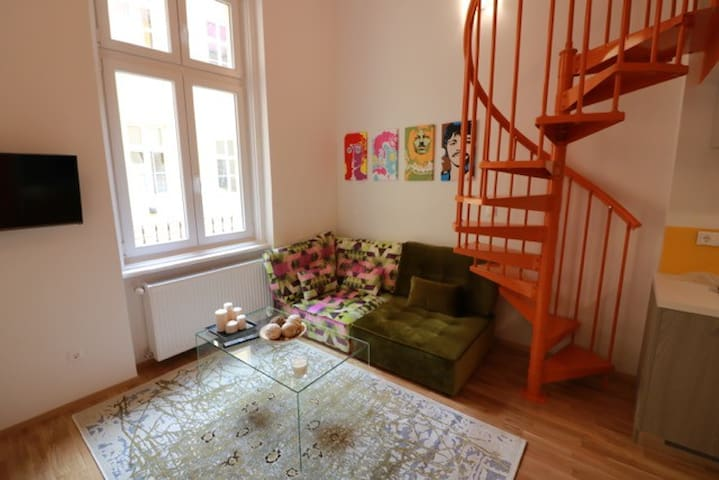 Trendy fully equipped studio flat in Kiraly utca - Budapest - Wohnung