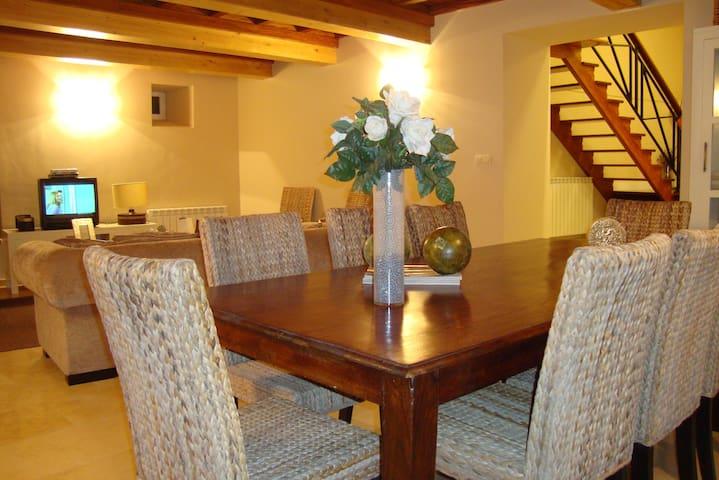Casa rural en Cuntis - villa termal - Cuntis - Hus
