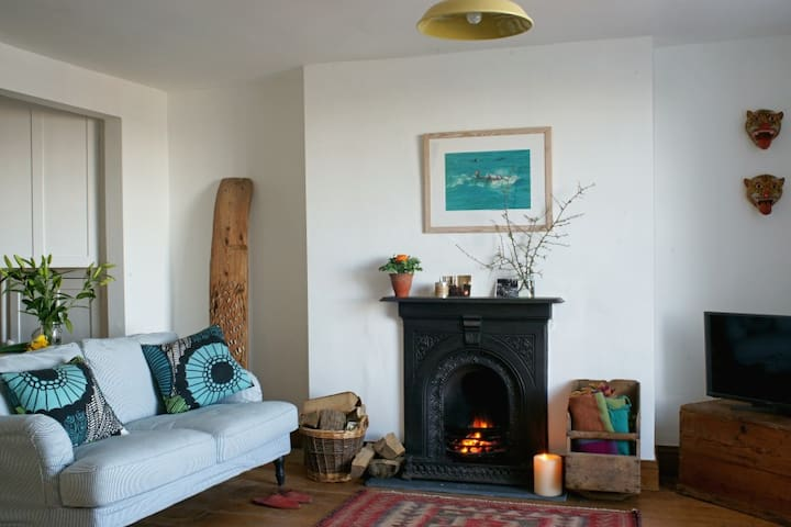 Drift Away - uninterrupted harbour views - Falmouth, Cornwall - Apartment
